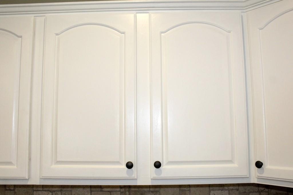 white kitchen cabinet refresh on a budget