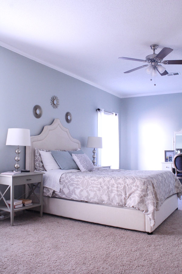 The Best Decluttering Tips for the Master Suite