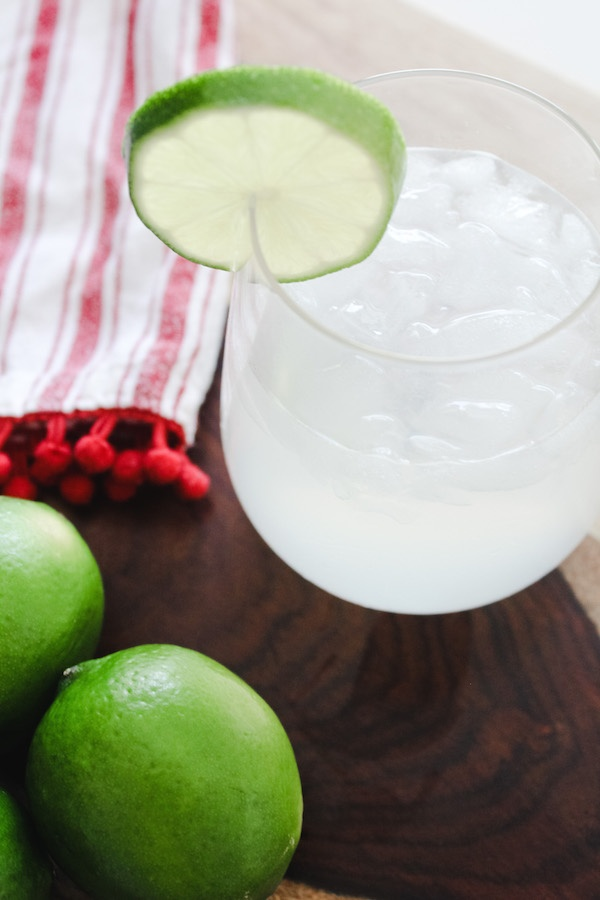 Skinny Margarita Recipe | Low Sugar + Low Calorie